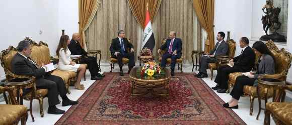 President of the Republic stresses the importance of achieving financial, monetary and economic stability in Iraq 47244712_268865107132201_1939883053673349120_n